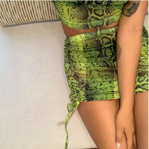 2019 Women Snake Printed Sheath Short Sleeve T Shirt Top Bodycon Skirt Set Party Holiday Mini Skirt Ladies 2pcs Set