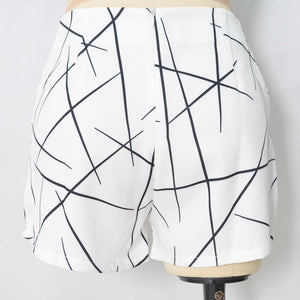 Summer Style Shorts Women Sharp Lines Layered Zipper Skort Irregular Ol White Culottes Shorts Skirts 70081
