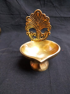 BRASS DEEPA IN ANTIQUE FINISH