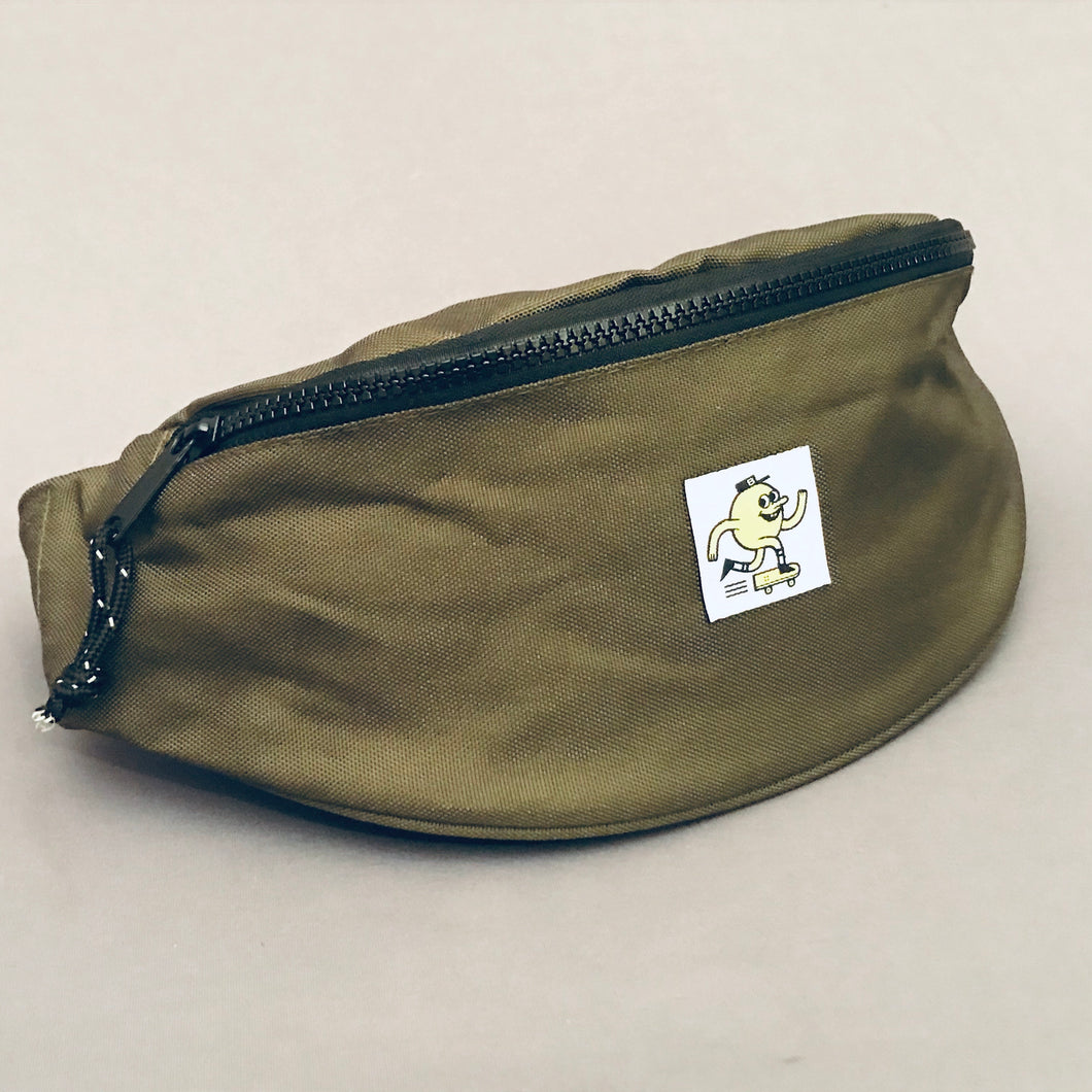 Blast Shoulder Bag Swatch Logo Olive Green