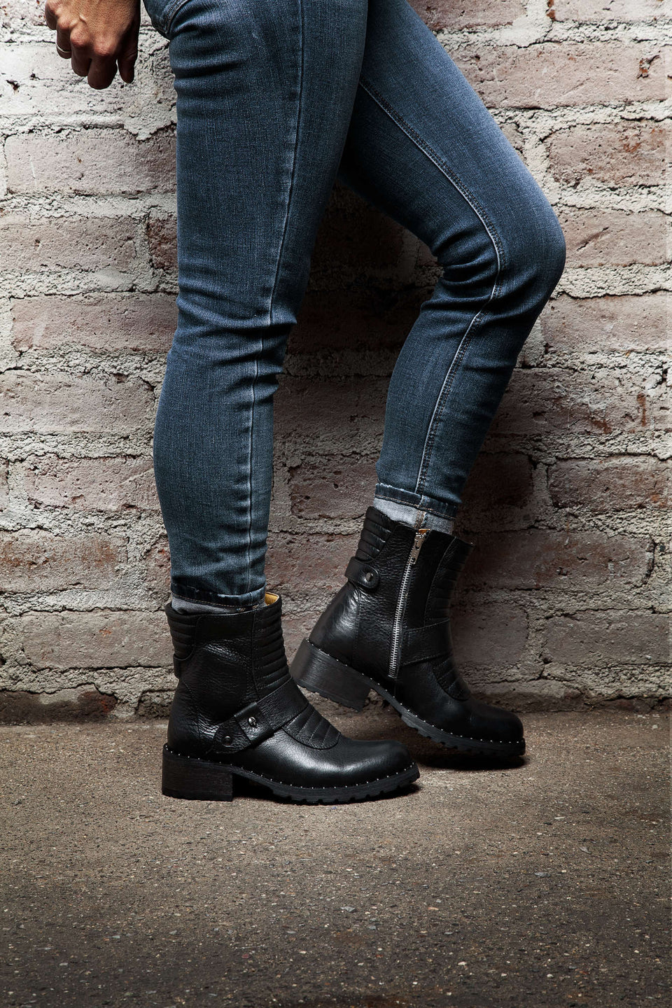 Black Women Motorcycle Boots By Umberto Luce