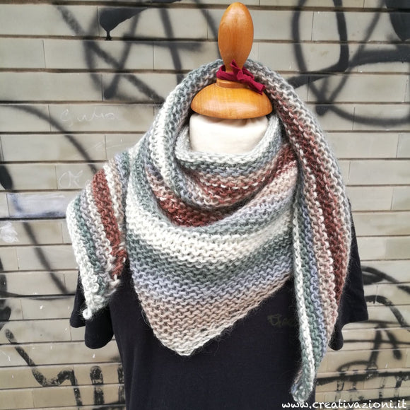 Handmade Scialle in lana vergine - Virgin wool Shawl