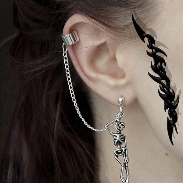 Asymmetry Skull Pendant Earrings