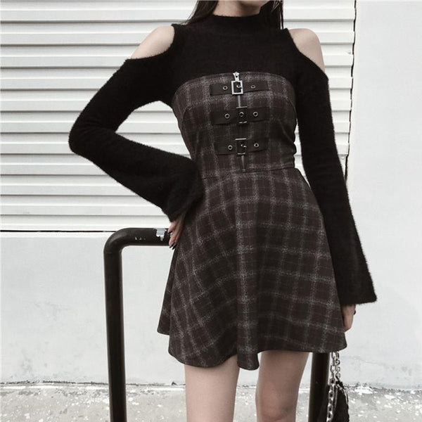 Simple Off-Shoulder Knitted Top+Buckle Plaid Dress