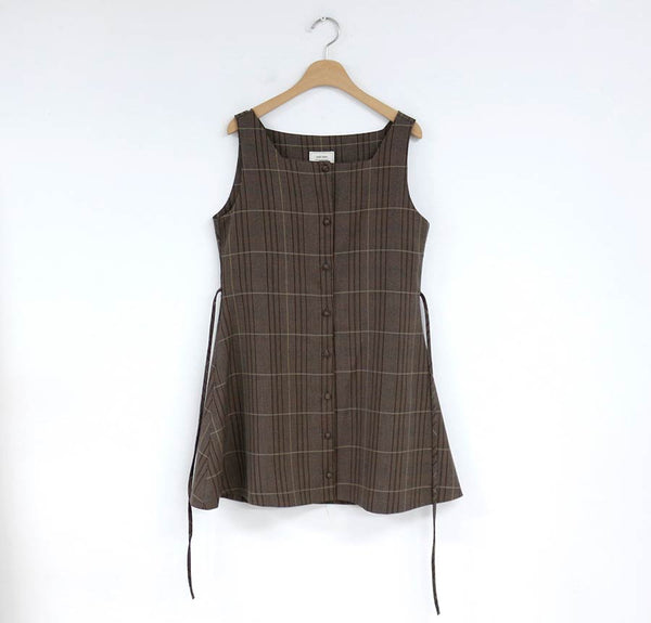 Simple Flared Sleeve Shirt /Retro Plaid Suspender Dress