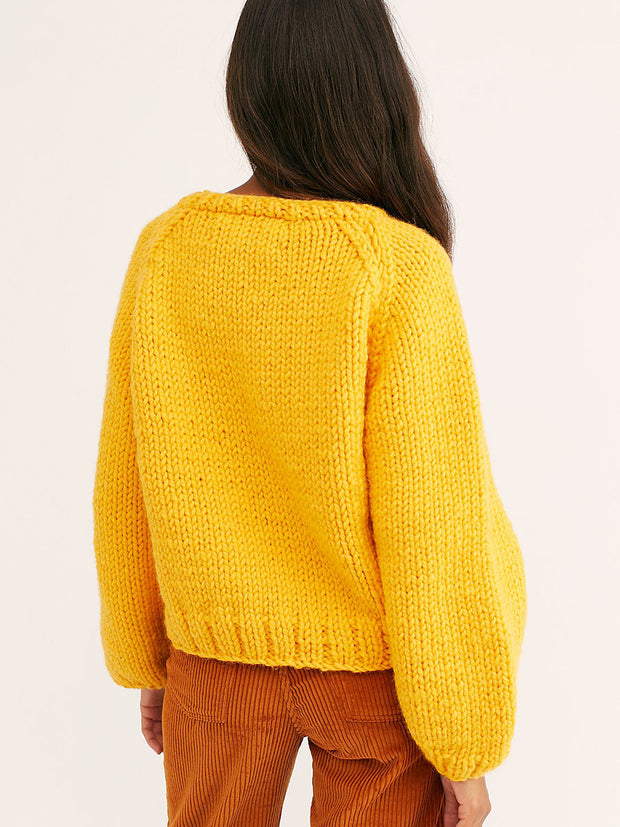 Round Neck Long Sleeve Knitted Yellow Sweater