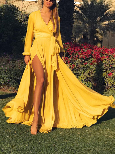 V-neck Long Sleeves Solid Color Belted Maxi Dress