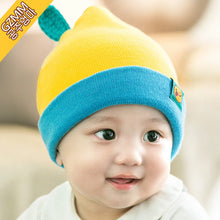 Load image into Gallery viewer, GZMM Yellow Fruit & Leaflet Knit Baby Beanie Hat - BabyLand.my