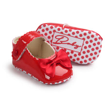 Load image into Gallery viewer, Wavy Bow-Knot Baby Pre-Walker Shoe (Red) - BabyLand.my