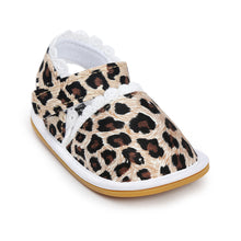 Load image into Gallery viewer, Leopard Print Pre-Walker Sandal - BabyLand.my