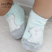 Load image into Gallery viewer, Kacakid Cartoon Animals Short Socks - BabyLand.my