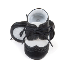 Load image into Gallery viewer, Mr. Leather Baby Pre-Walker Shoe (Black VS White) - BabyLand.my