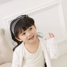 Load image into Gallery viewer, Black And White Stripes Headband - BabyLand.my