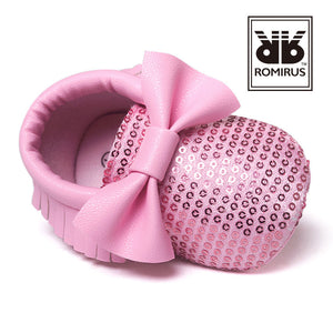 Bowties & Sequins Pre-Walker Moccasin (Pink) - BabyLand.my