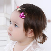 Load image into Gallery viewer, Angel Neitiri Gold Crown VS Pink Heart Hair Clip - BabyLand.my