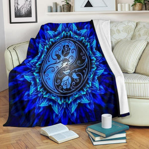 Ying Yang Rose Micro Fleece Blanket - Merchandize.ca
