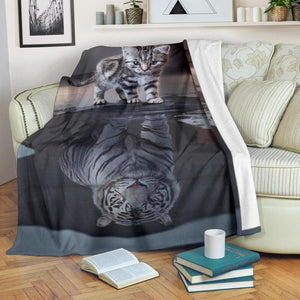 Kitten Reflection Blanket - Merchandize.ca