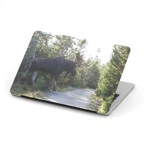 New Custom Designed Moose MacBook Case - Merchandize.ca