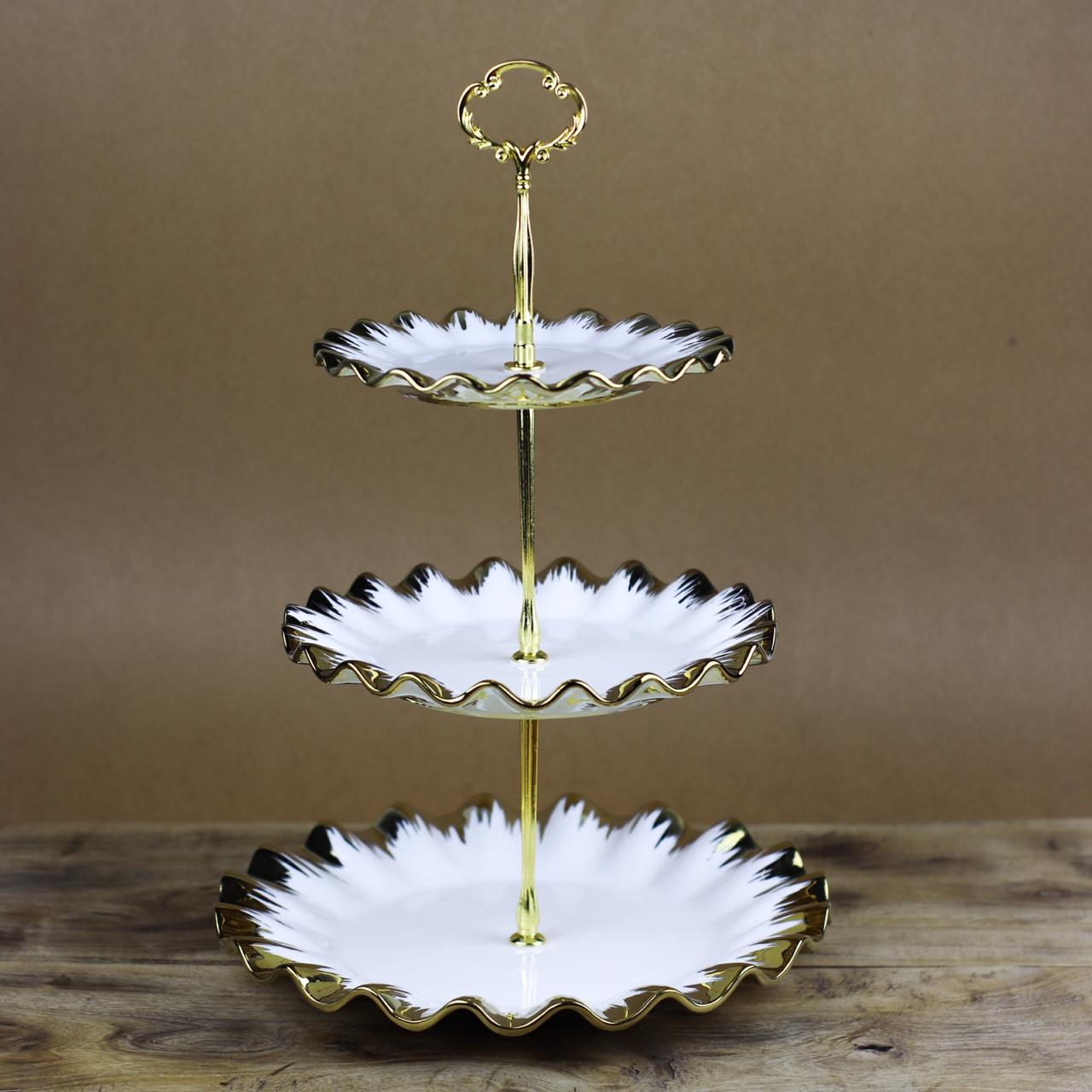 3 Portion Cupcake plate with golden borders