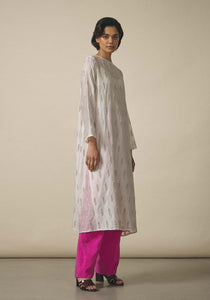 Zara Shahjahan, Leaf-Embroidered Kameez