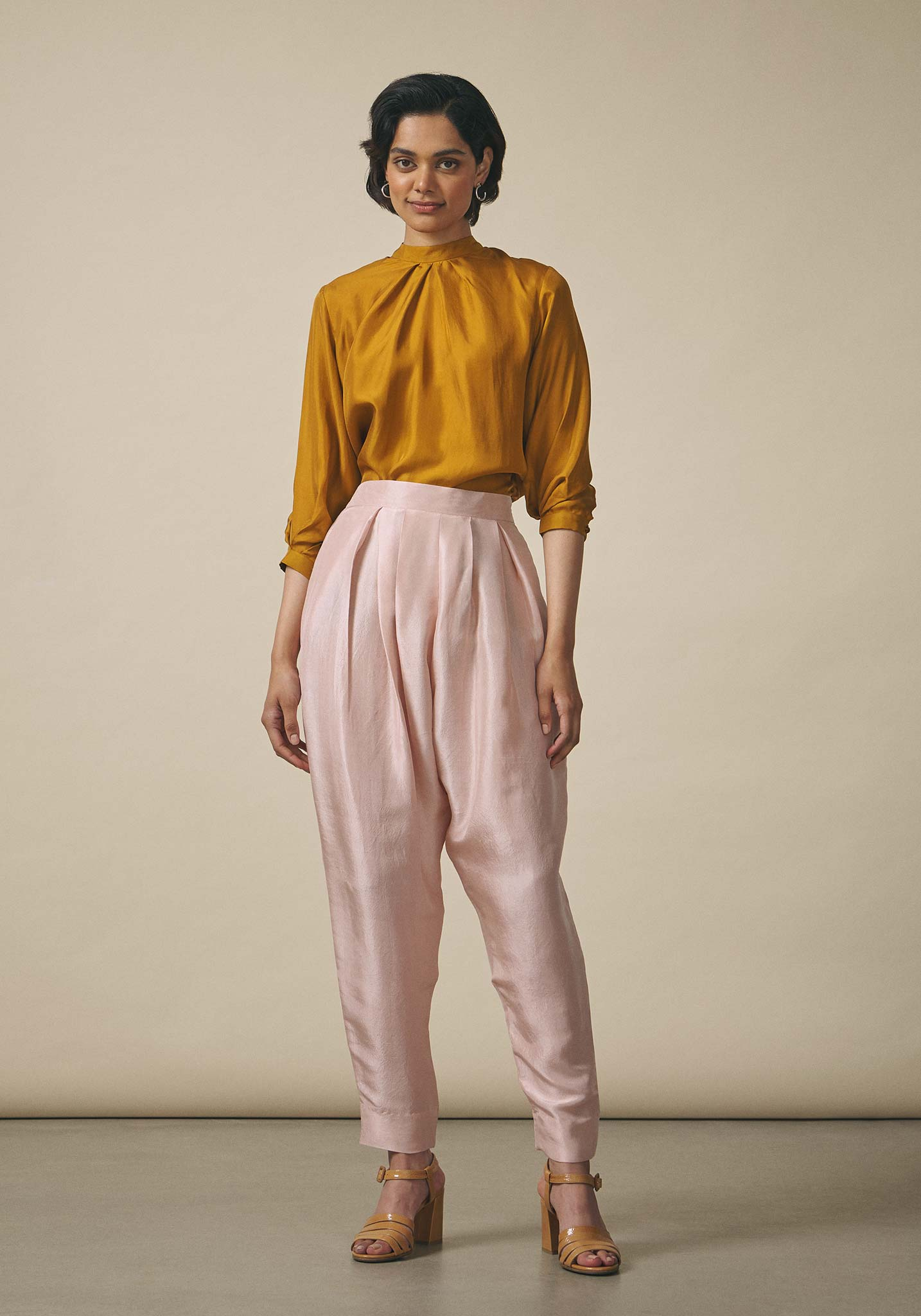 Zara Shahjahan, Raw Silk Cropped Trousers