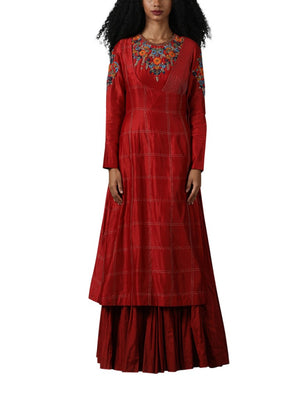 Pink colour kurta set with cotton silk embroidery