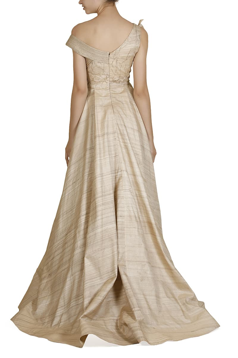 One-sided Pleated Texture Gown