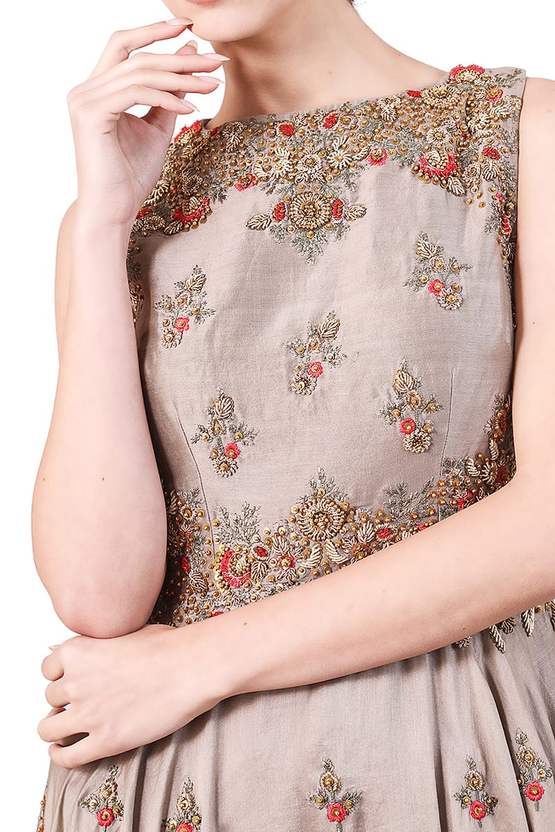 Floral Motifs Embroidered Kurta