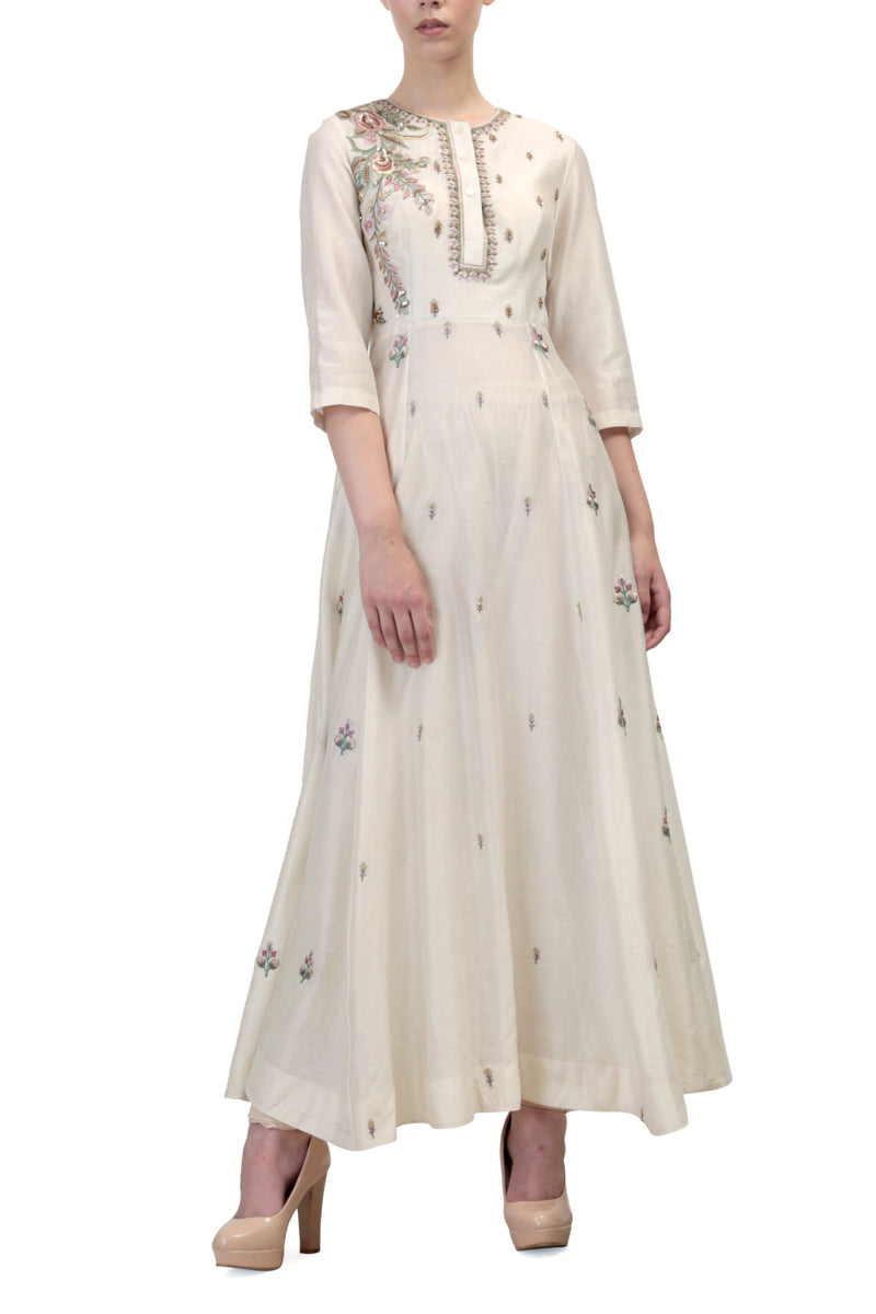 Paneled Embroidered Kurta