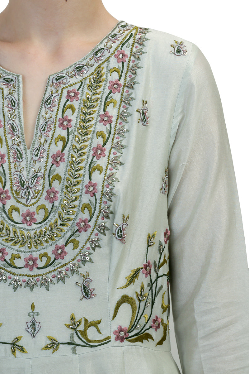 Cut-Out Back Kalidar Kurta