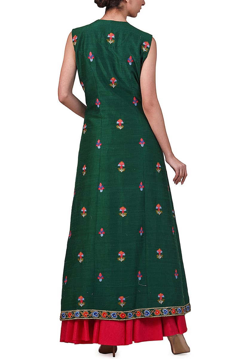 Front High-slit Embroidered Kurta & Skirt