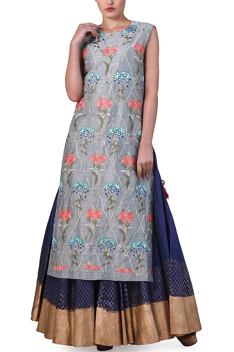 High-slirt Embroidered Kurta & Block printed Skirt