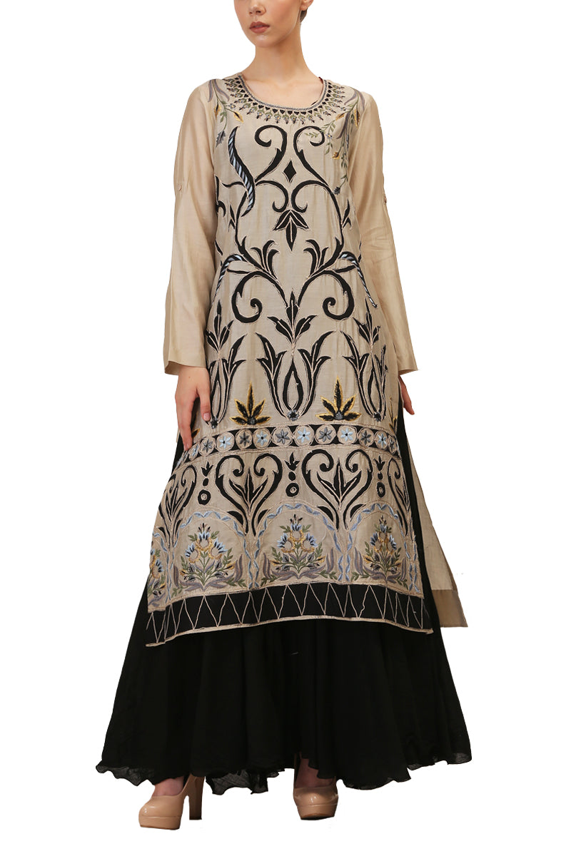 Embroidered Kurta & Inner Slip