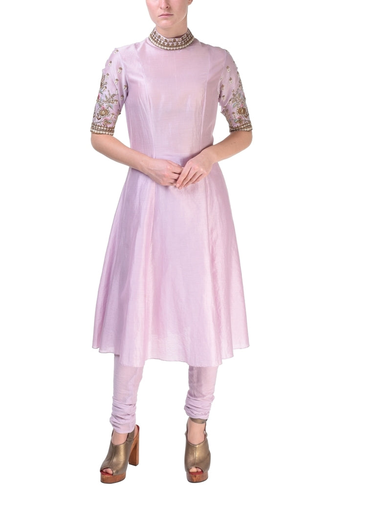 High-Collared Kurta & Dupatta