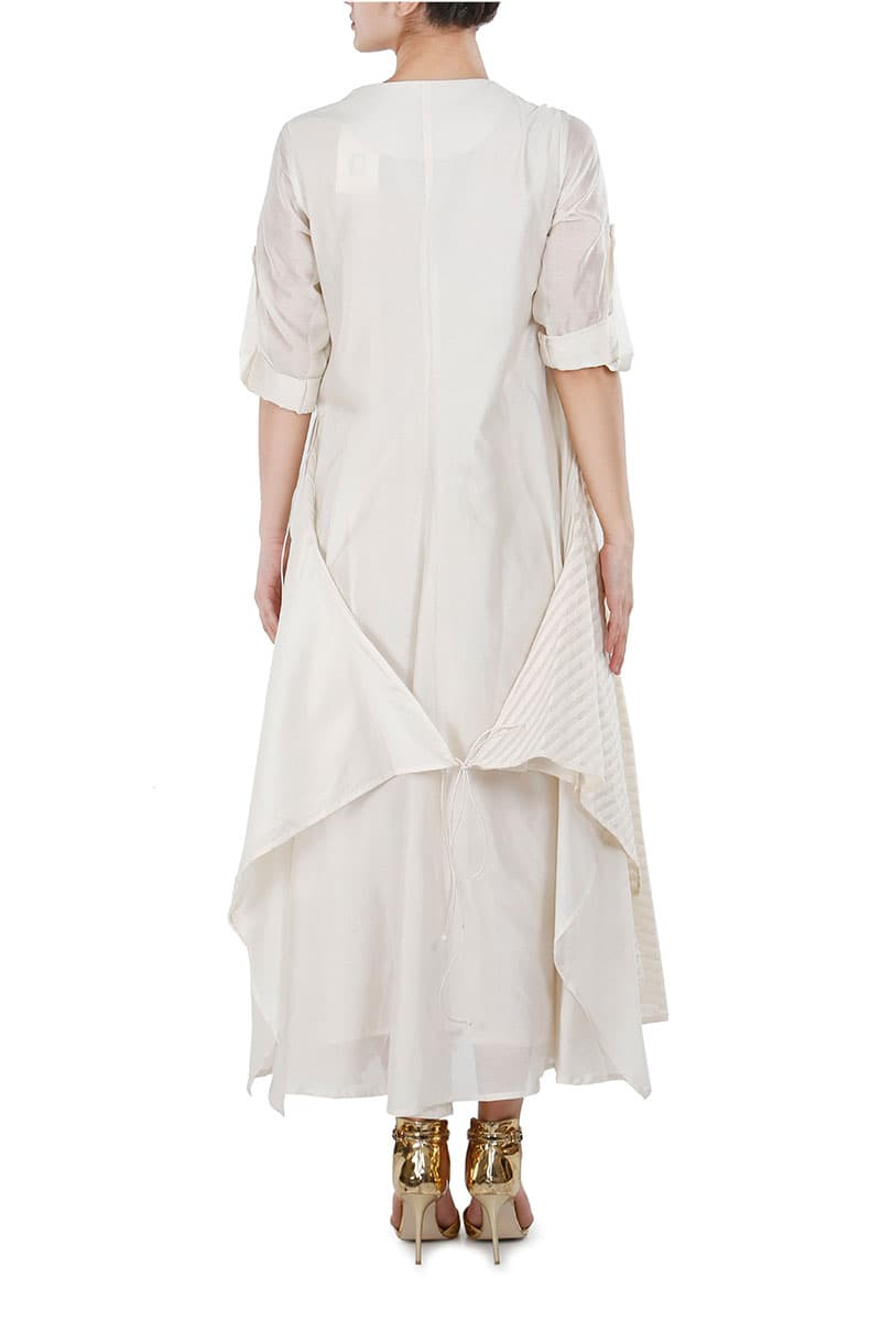 Overlap Tie-up Embroidered Kurta