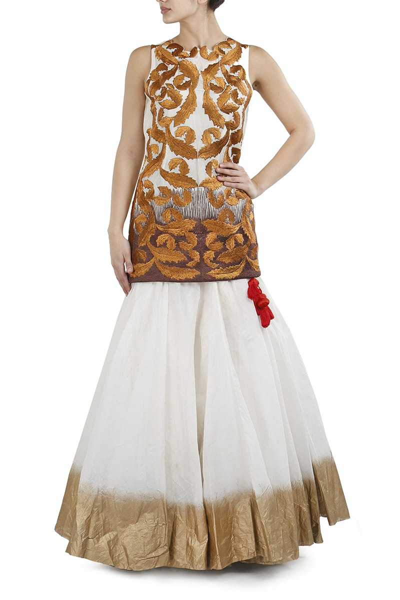 Embroidered Kurta & Foil-Printed Lehenga set