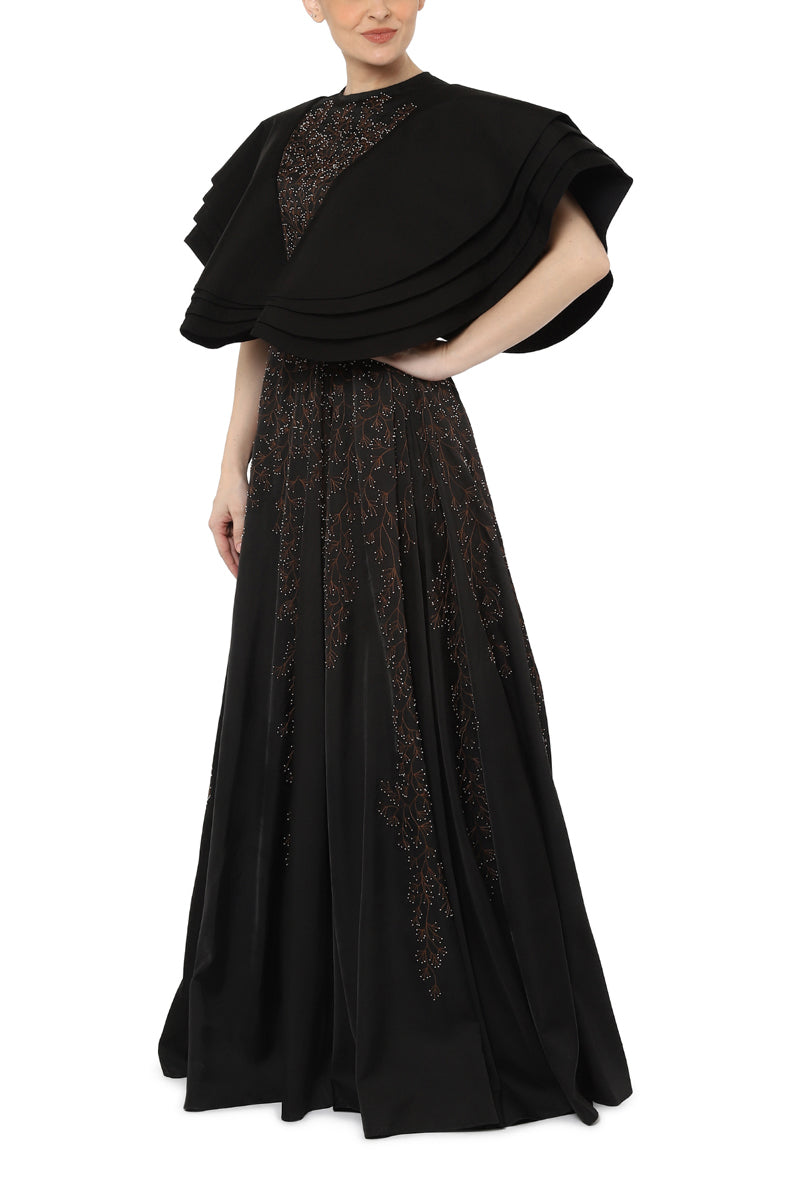Pleat sleeves gown