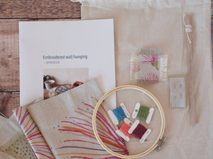 Wall hanging embroidery kit - Big gum print