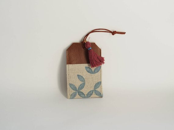 Luggage tag - Petal print