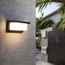 Load image into Gallery viewer, Modern LED Outdoor Light