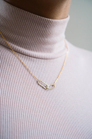 The Sister Necklace