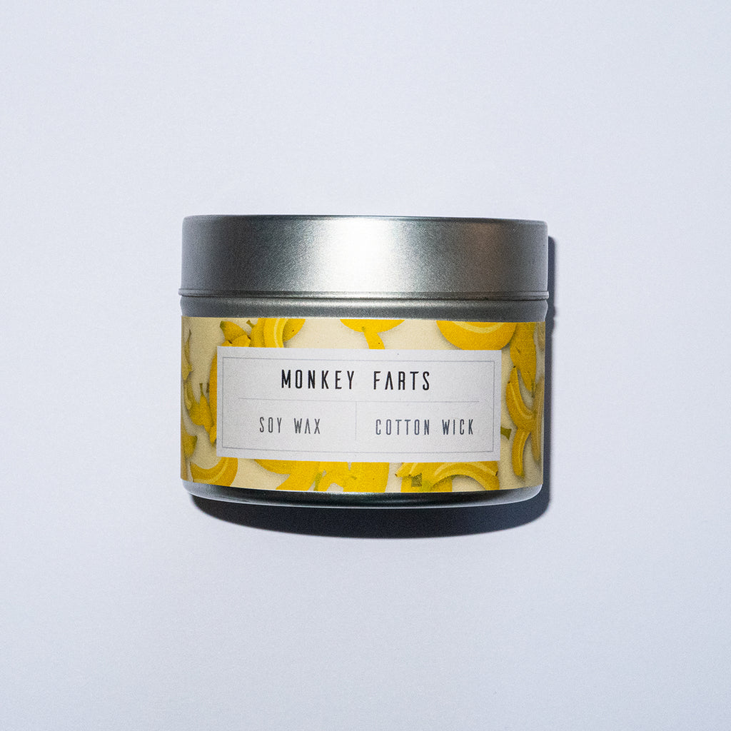 The best smelling fart you'll ever sniff! Grapefruit and strawberries are blended with strong banana (not taken from Monkeys!). Fresh kiwi, mango and bubblegum hit in the middle notes and are carried along by base notes of smooth vanilla.