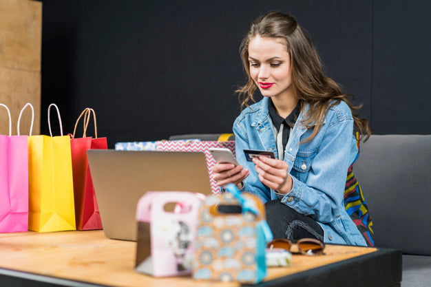 How is it possible to reach the consumer in the mobile purchase day?