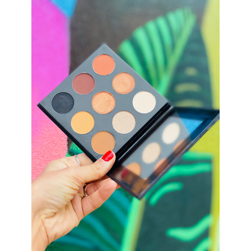 200 Be Empowered Impress Me Eyeshadow Pallet