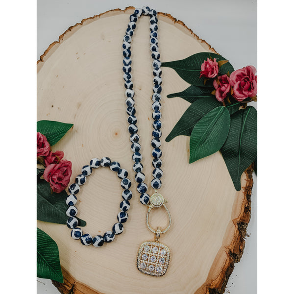 D55 White Blue Agate Necklace w/ Square Tag Charm Set