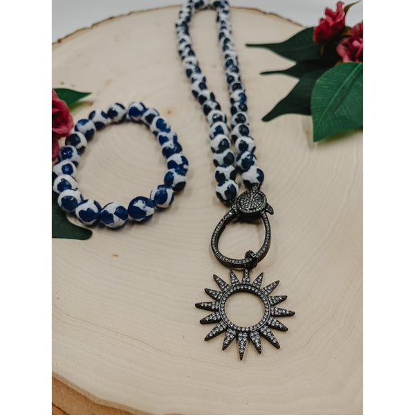 D54 White Blue Agate Necklace w/ Outline Star Charm Set