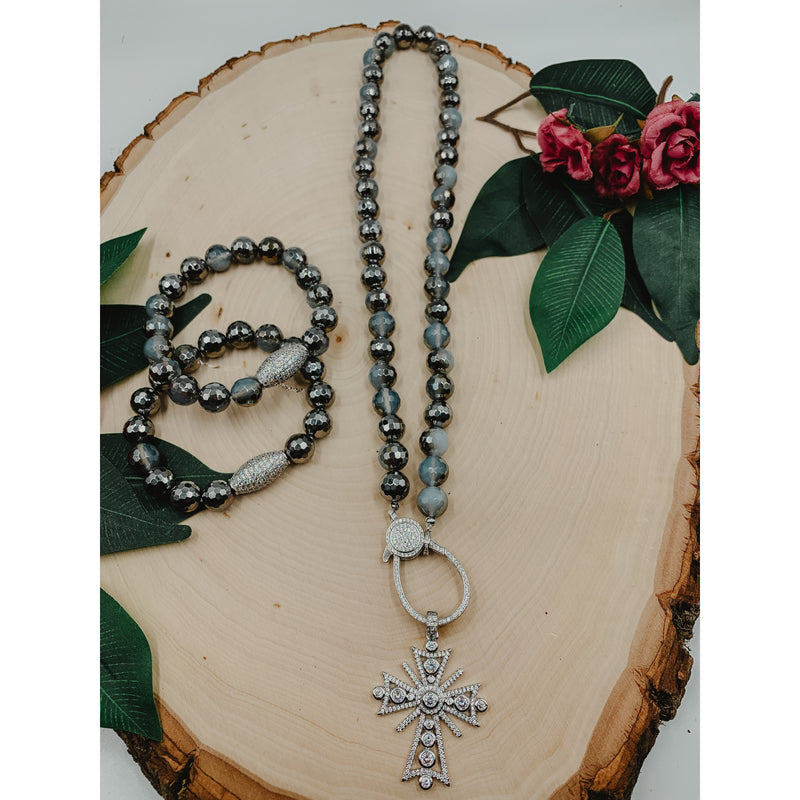 D3 Silver Gray Agate Necklace w/ Silver Cross Set