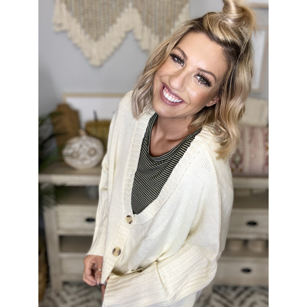 77 Ivory V Neck Ribbed Hem Cardigan