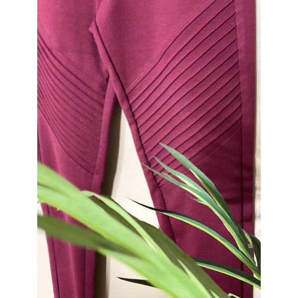 725 BURGUNDY DETAIL PANTS