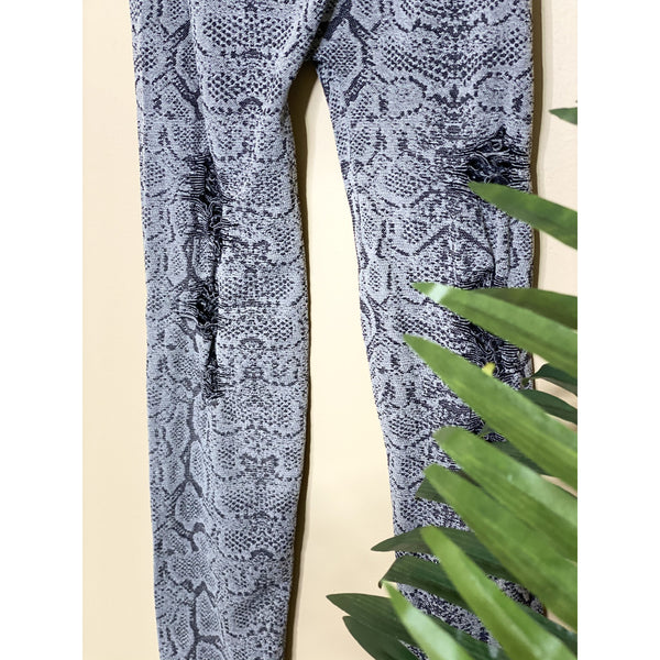 919 PICK ME UP BLACK SNAKESKIN LEGGINGS